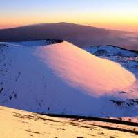 Hawai, le isole ricoperte di neve: manto bianco in alta quota