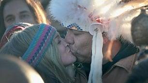 I Sioux vincono la petrol-guerra Ma Trump li sfida