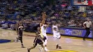 Curry inventa e Durant schiaccia Azione da sogno dei Golden State