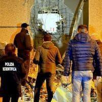 Catanzaro, la rapina al caveau ha fruttato ai banditi oltre 8 milioni di euro
