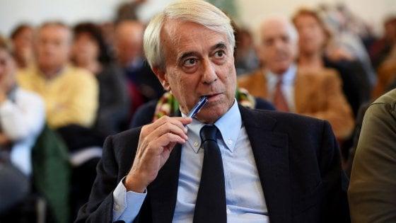 """Pisapia: """"Pronto a unire la sinistra fuori dal Pd. Renzi dialoghi con noi, basta Alfano e Verdini"""""""