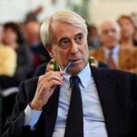 """Pisapia: """"Pronto a unire la sinistra fuori dal Pd. Renzi dialoghi con noi, basta Alfano e..."""