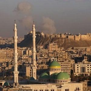 Aleppo, le truppe di Assad conquistano la città vecchia