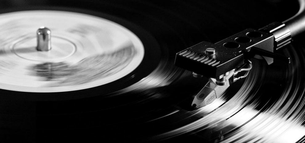 Boom del vinile: in Gran Bretagna supera i download