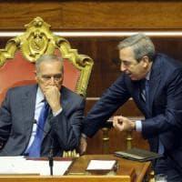 In Senato passa la fiducia sulla manovra, ora Renzi può dimettersi. Consulta: