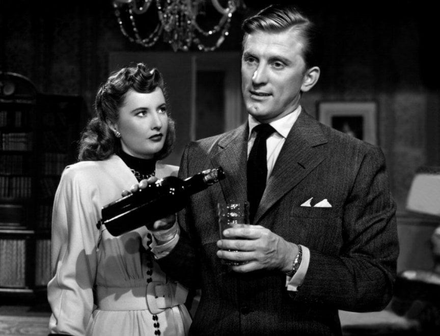 Kirk Douglas: cent'anni da latin lover da Barbara Stanwyck a Lauren Bacall