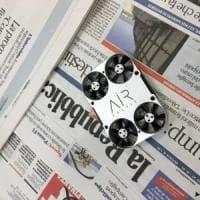 Vola AirSelfie. Il mini drone raccoglie online oltre 400 mila euro