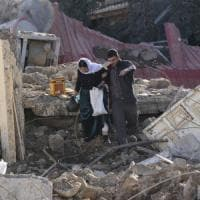 """Bagdad accusa: """"Decine civili morti in raid su bastione Isis"""""""