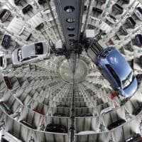"""Dieselgate, la Ue contro la Germania e altri sei Paesi: """"Non sanzionata Volkswagen"""""""