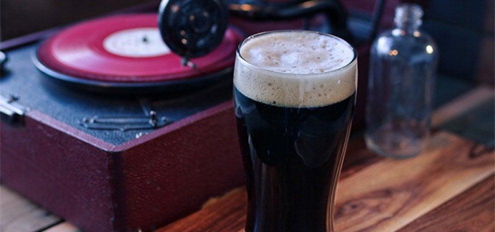 Birra, vino e vinile: la rinascita dei Record Club