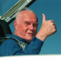 Addio a John Glenn, primo astronauta Usa a volare in orbita intorno alla