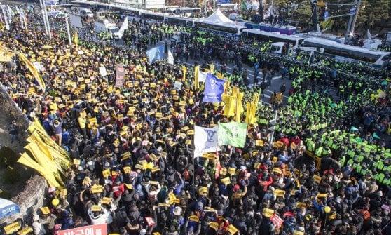 Corea del Sud, 'scandalo sciamana': Parlamento vota impeachment della presidente