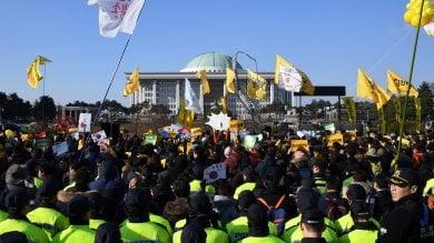 Corea del Sud, il Parlamento destituisce la presidente per lo 'scandalo sciamana'