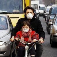 Polveri sottili, dopo Roma e Napoli anche Milano e Torino verso il blocco delle auto