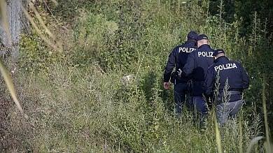 Roma, morta la ragazza cinese scomparsa 'Travolta da treno mentre inseguiva ladri'
