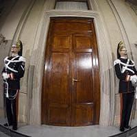 Consultazioni, giorno decisivo: i partiti maggiori al Quirinale