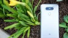 LG G6, scocca in vetro  ma niente batteria removibile né jack