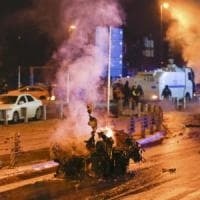 Turchia, autobomba nel centro di Istanbul: 15 morti e decine di feriti.