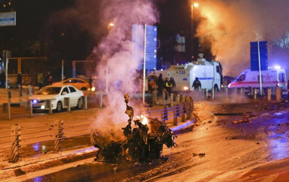 Turchia, quasi 200 esponenti del partito filo-curdo Hdp arrestati