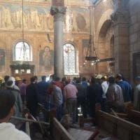 Il Cairo, l'interno della cattedrale copta sventrata da un'esplosione
