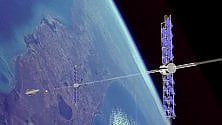 In orbita la navicella che catturerà i rifiuti spaziali con una corda