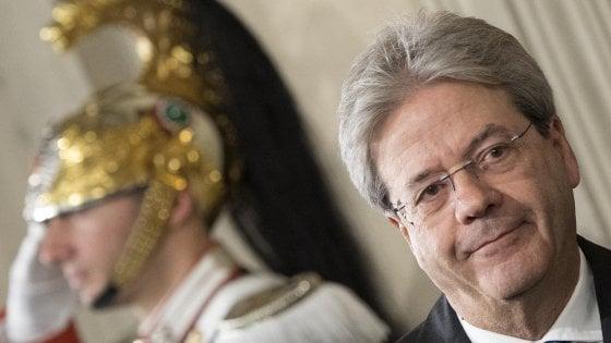 """Gentiloni accetta con riserva: """"Stessa maggioranza, opposizioni indisponibili"""""""