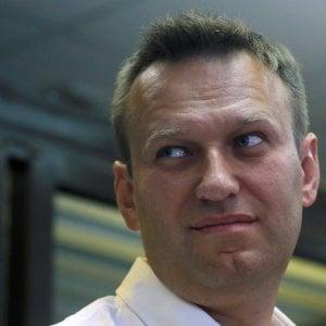 """Russia, Navalny lancia la sfida a Putin: """"Mi candido alle presidenziali"""""""