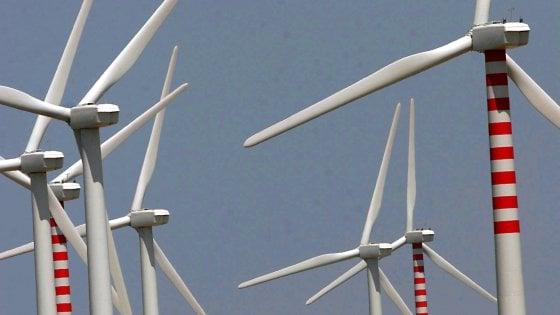 Rinnovabili, al 2020 minore impatto in bolletta: meno 600 milioni euro