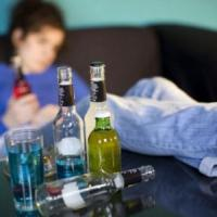 Alcol, bere troppo da adolescenti riduce la materia grigia