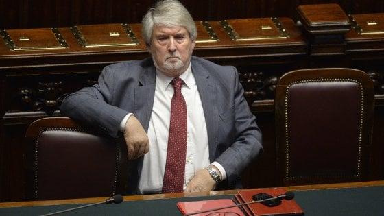 """Lavoro, pressing Pd per abolire i voucher: """"O sarà un altro tutti contro Renzi"""""""
