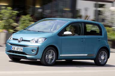 """Volkswagen Up, la """"Frenata di emergenza City"""" è di serie"""