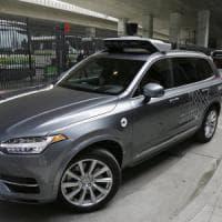 L'auto a guida autonoma passa con il rosso, Uber: ''Errore umano''