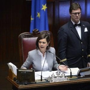 Boldrini contro l'odio e le fake news: ''Appello ai cittadini per smascherare le bufale web''