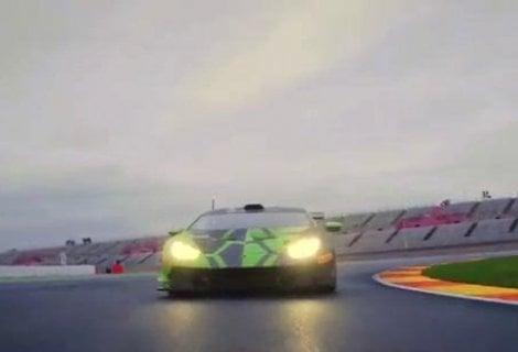 Dovizioso a quattro ruote, giro in pista su Lamborghini