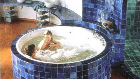 Vasca Da Bagno Foto : Il vero lusso? una vasca da bagno repubblica.it