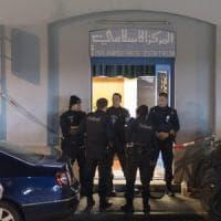 Zurigo, uomo spara in una moschea: tre feriti gravi