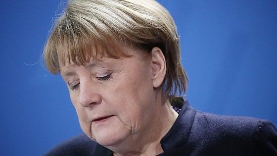 """Strage di Berlino, la linea di Angela Merkel non cambia: """"Continueremo a vivere uniti, aperti, liberi"""""""