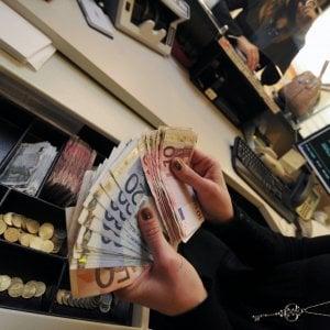 Stipendi, record negativi: mai così poca crescita e così tanto tempo per i rinnovi