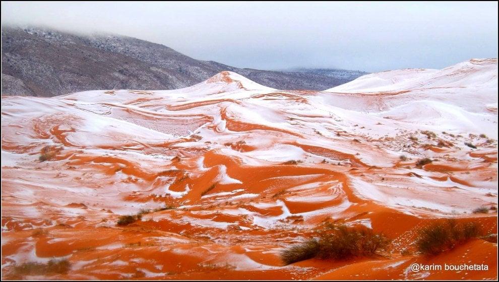 Algeria, neve sul deserto del Sahara: non accadeva da 37 anni