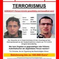 Attacco a Berlino, il tunisino sospettato dell'attentato: le foto segnaletiche di Anis Amri