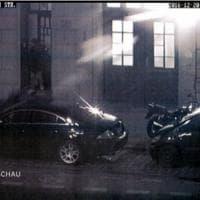 Attentato a Berlino, le immagini di Amri in città dopo l'attacco