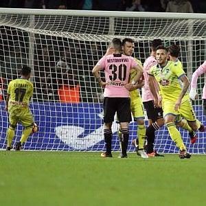 Palermo-Pescara 1-1: Biraghi riprende Quaison, un pari che serve a poco