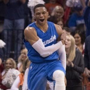 Basket, Nba: Golden State e Cleveland ok, nuovo show di Westbrook