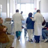 """""""Sconfiggere l'epatite C entro il 2030"""", la battaglia dei pazienti per politiche adeguate"""
