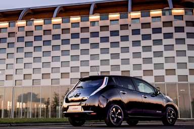 Nissan, il futuro è nella mobilità elettrica intelligente