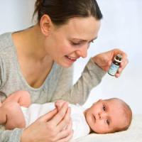 Trentasei nuovi farmaci destinati al bambini nel 2016, ma ancora l'80% off label