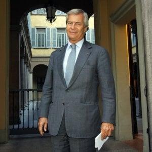 Bolloré, il serial-raider anti-Berlusconi col vizio di tradire gli amici in Borsa