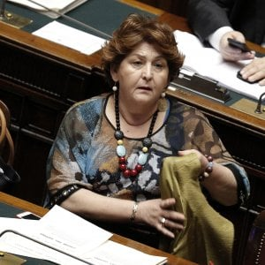 Almaviva contact chiude a Roma: licenziamento per 1.666 persone