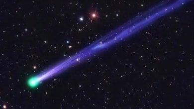 """Uno sguardo all'orizzonte dopo il tramonto è tornata la """"cometa di capodanno"""""""