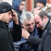 Istanbul, attacco con kalashnikov in un night: 39 morti e almeno 70 feriti. Gruppo di italiani scampato a strage